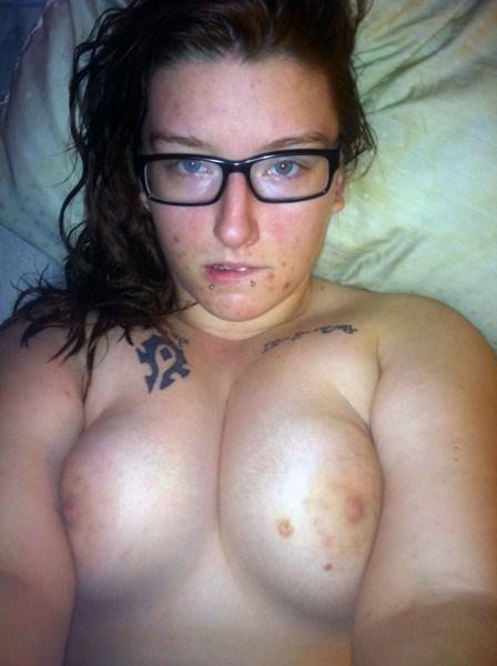 Femme dominatrice cherche un homme chaud pour un plan baise torride